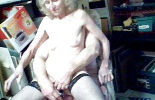 Syster, med tungan och kön porrfilm med äldre i slidan behandlas