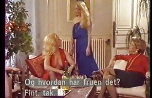 Rina Skye är med sexfilm på stranden en dum kille