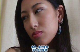 Japanska gratis lesbisk sexfilm fru att lysa slickar medlem och sätta henne i hennes fitta
